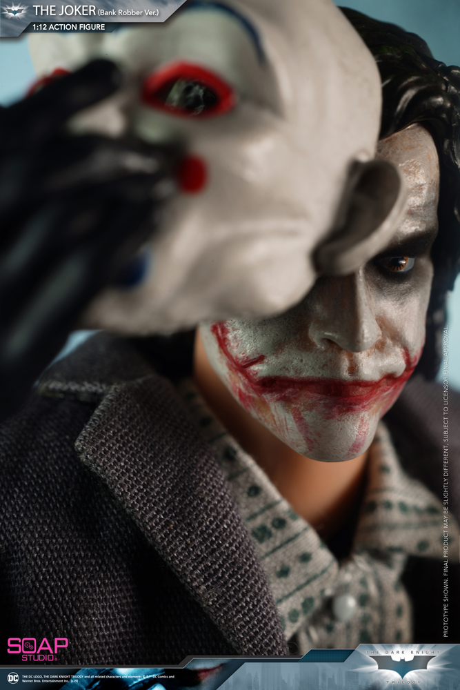 The Dark Knight 1 12 Scale Action Figure The Joker Robbed Ver 株式会社ノーツ